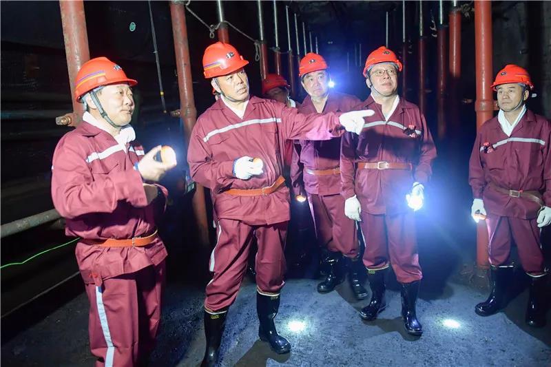 李伟到枣矿集团调研 强调传承好红色基因 在能源集团改革发展中站排头